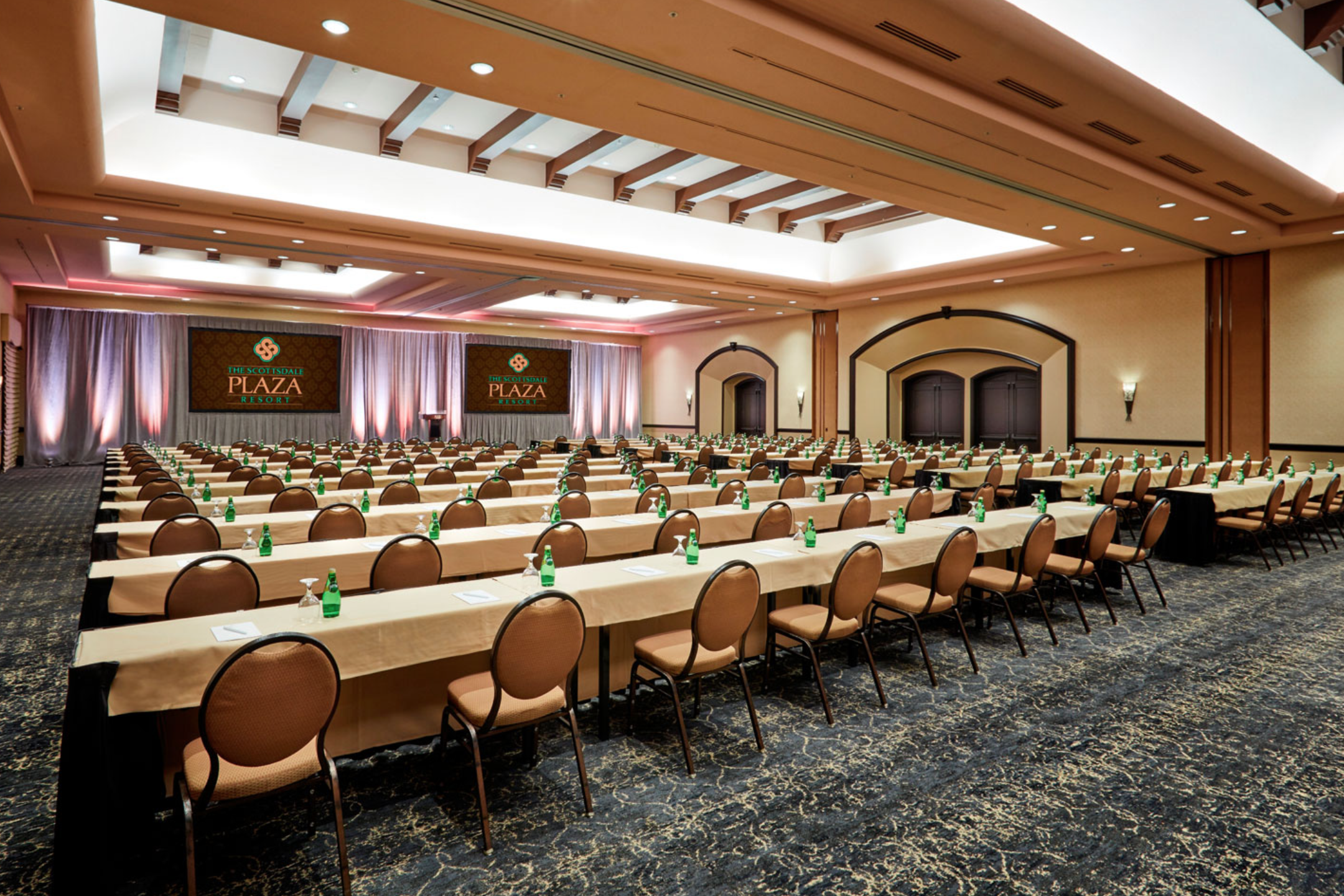 The Meeting Room at The Scottsdale Plaza